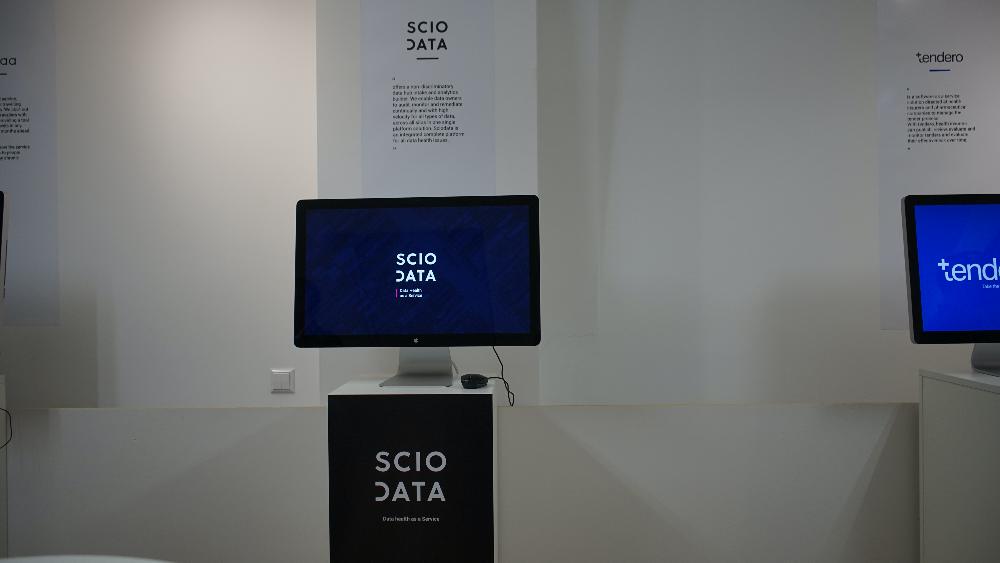 Presentation stations for Memoratio ventures
