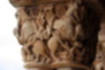Grifos. Iglesia de San Julián y Santa Basilisa. Rebolledo de la Torre. Burgos.
