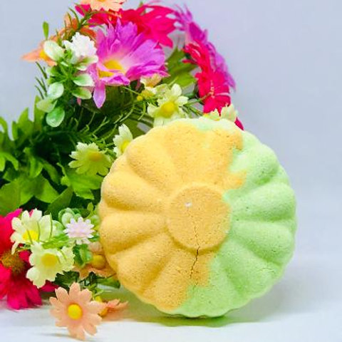 Festival Season Bath Bomb-Green Tea & Patchouli