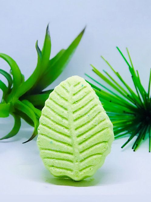Welcome to the Jungle Bath Bomb-Bamboo Stalks & Aloe