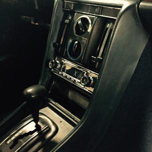 Retrosound Radio im Mercedes W116