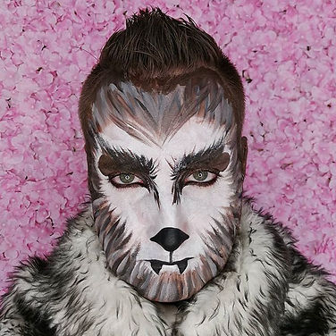 This is _her.jungle.king as a werewolf..