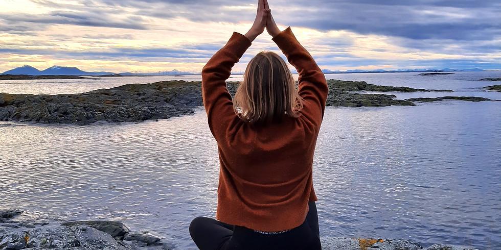 Yoga og Padleeventyr på Smøla