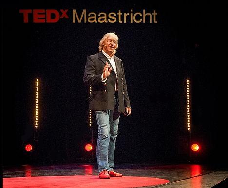 TEDx Speaker Sword Swallower Dan Meyer