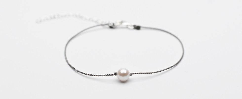 Akoya Pearl Premium String Bracelet MISTY GREY - Single Pearl (6mm)