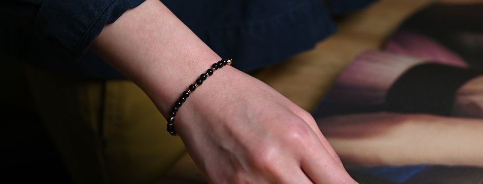 Onyx Random Rose Gold Bracelet