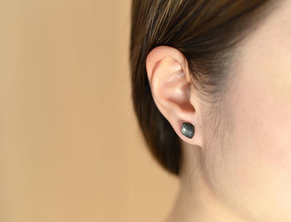 Black Rhodium Wavy Rhombus Earrings