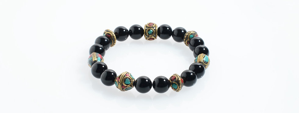 Onyx Handcrafted Nepal Beads Stretched Bracelet