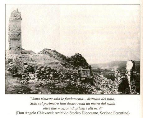 Resti della chiesa bombardata