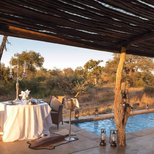 Kings Camp Honeymoon Suite
