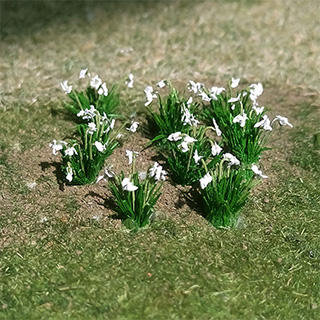 "Snow Drops 1/7"", Tall HO-scale, 20/pk MP Scenery"