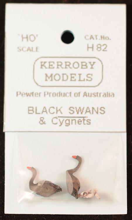 5 x Swans & Cygnets  HO Kerroby Models KM-H82