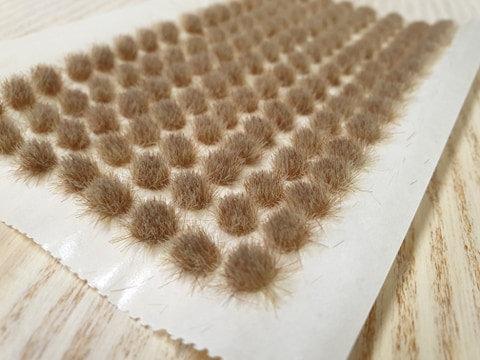 Serious Play Burnt Grass 4mm Standard Tufts (128 per sheet)