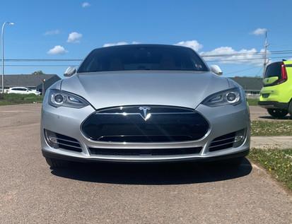 2015 Tesla Model S AWD 75 D