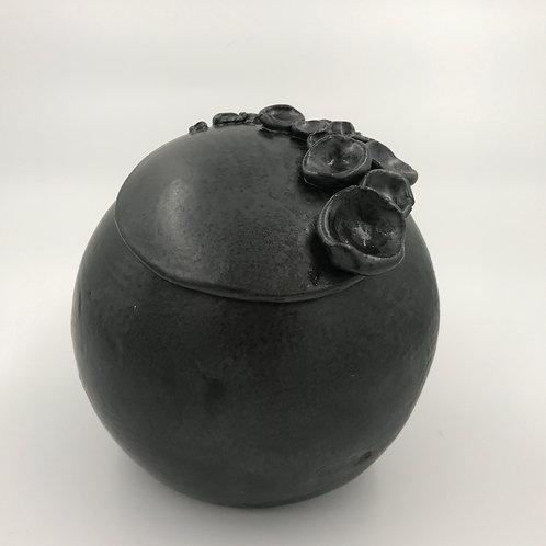 Urne koraal zwart
