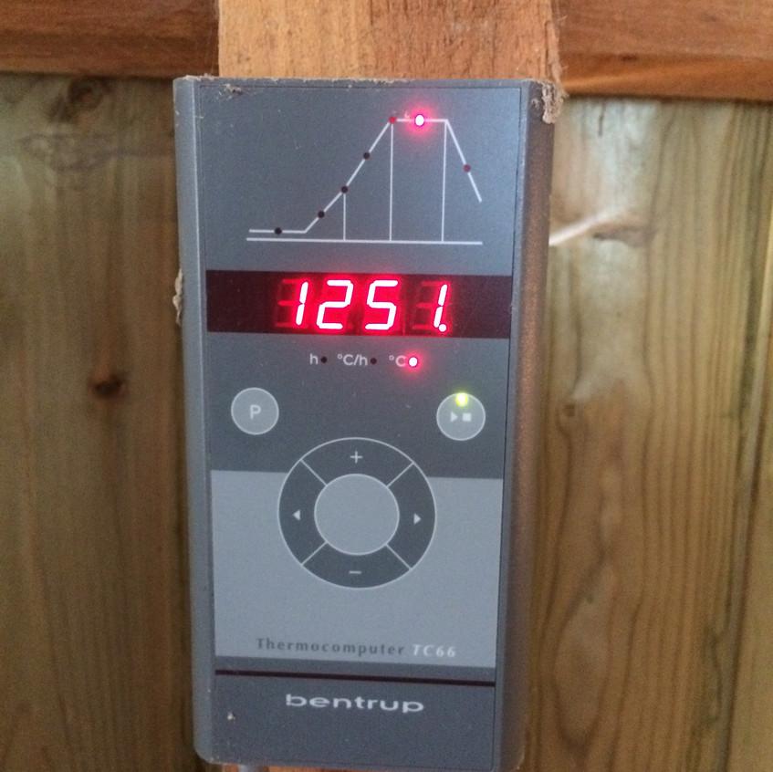 de temperatuur bij glazuurstook