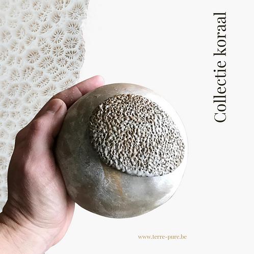 Kleine urne bol vorm (koraal)