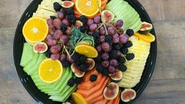 fruit platters.jpg