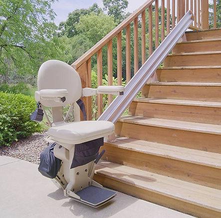 stair-lift-bruno-elite-outdoor-straight-