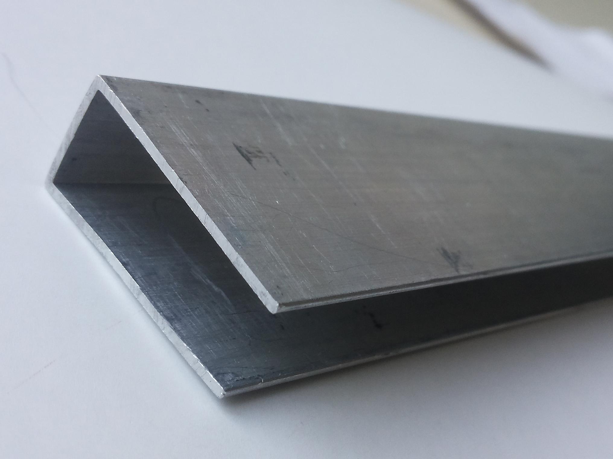 Aluminium-9
