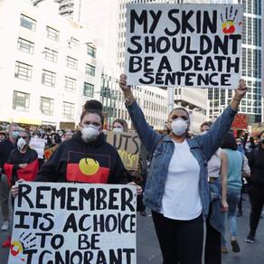 Australian rallies go ahead as court overturns ban