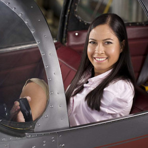 Woman without arms overcame challenges to become a pilot