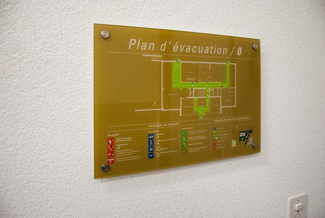 Création, impression et pose de plans d'évacuation