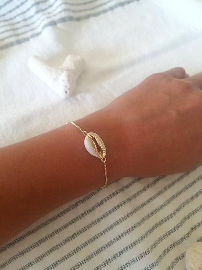 Cowrie Shell Bolo Bracelet Wholesale