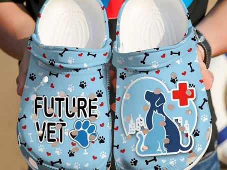 Find - Vet Tech Icon Crocs Clog Shoes