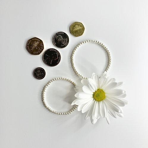 The Pearl Bracelet