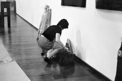 """montagem da exposição """"Arte Contemporânea [2000-1] Pernambuco"""". MAM-BA, 1999"""