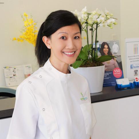 Dr Elizabeth Im