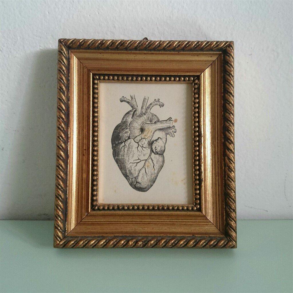 Cornice in legno stampa cuore