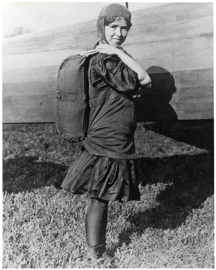 paracadutista donna tiny
