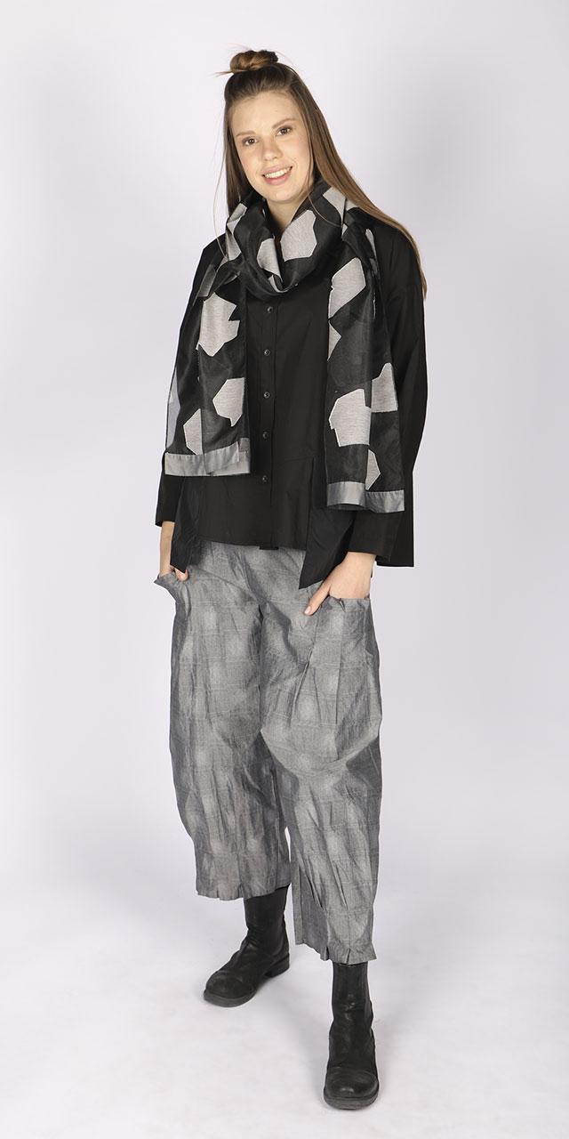 scarf_21k602_gray_pants_21k204_gray_1-1.