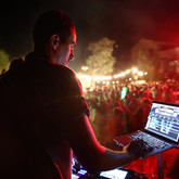Our generalist DJ specialized in cocktails, Bar Mitzvah, Private Parties, Weddings and Corporate Corporate Events. The best choice for a successful evening of prestige.