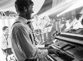 Pianiste évènementiel, soirées privées, mariages. Pianiste français Numéro 1 de l'évènementiel