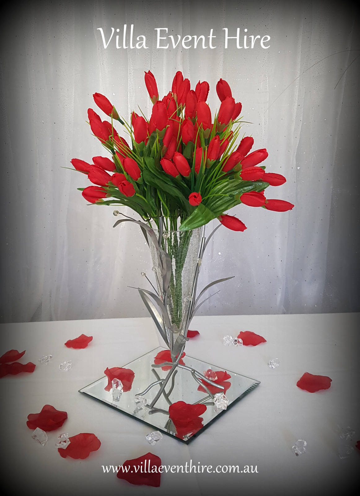 Leaf and Vase Centerpiece