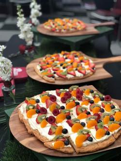 Food - Dessert PIzza Fruit - UM