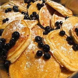 Food - Blueberry Pancakes 2 - UM