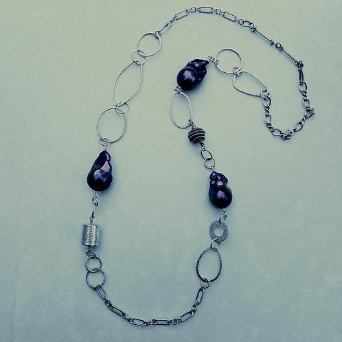 Baroque Black Pearl chain necklace
