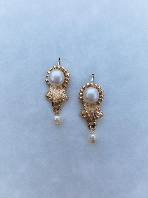 Pearl Button & 14k gold earrings