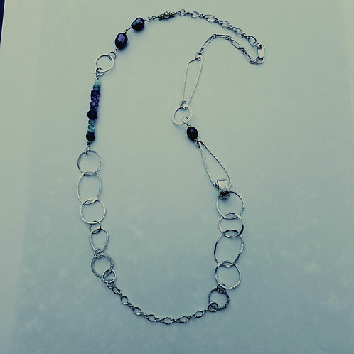 Gemstones with black pearl chain