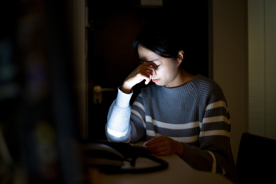 5 Tips to relieve your Digital Eye Strain.