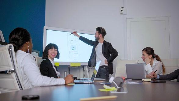 Interactive whiteboard Poppy Meet Smart Office