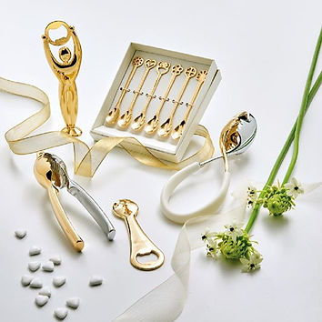 It's not just luxury items.__#italiandes