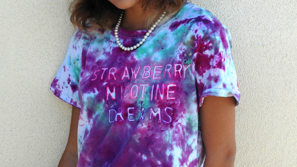 Strawberry Nicotine Dreams T