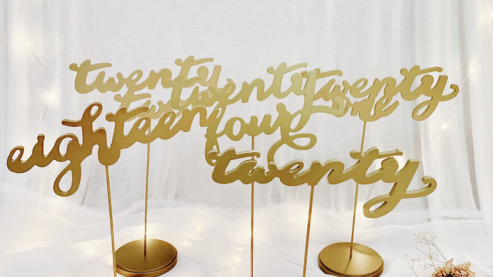 Cursive table numbers