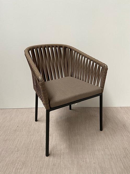 Krzesło Kettal 001 Brown seat Black base