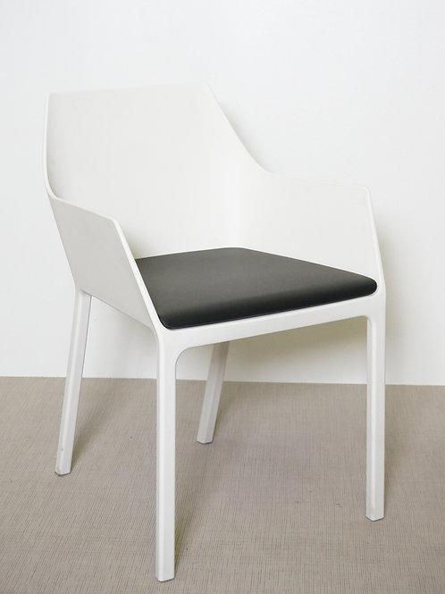 Krzesło Kristalia Mem White